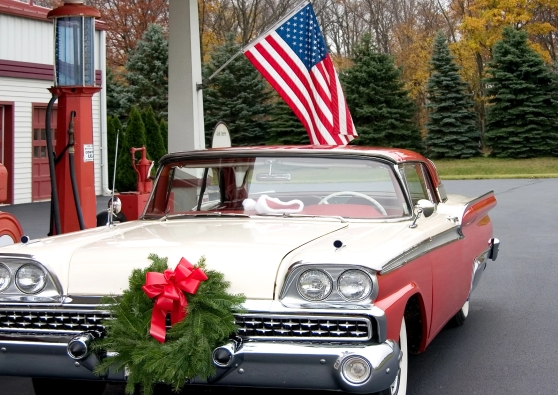 Wreath, Jim Shorkey Family Auto,